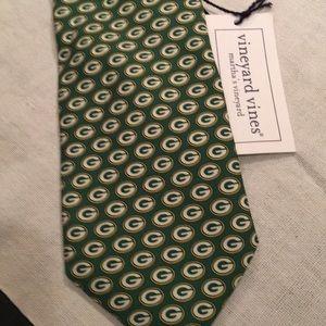 Vineyard Vines men's tie GreenBay Packers